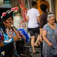 В городе заезжие индейцы... 1 :: Pavel Kravchenko