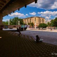 Площадь и фонтаны у ХАТОБ. Харьков :: Игорь Найда