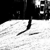 Белый  день, чёрная тень :: Николай Филоненко