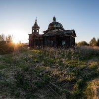 Старая церковь :: Александр Решетников