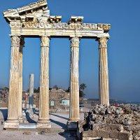 Храм Аполлона и Афины :: Александр Смольников