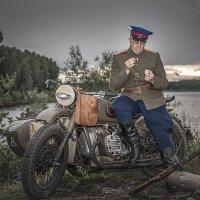 Закури, дорогой, закури... :: Сергей Смоляков