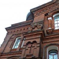 Фрагмент Красной церкви :: Елена Федотова