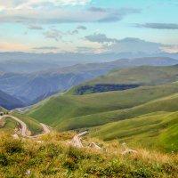 Дорога в Джилы-Су... :: Юлия Бабитко