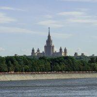 вид с другой стороны Москвы-реки :: Галина Кубарева