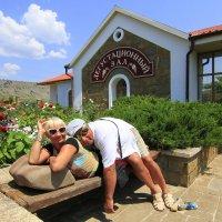 Вино,море,природа,так пьянят.. :: Геннадий Валеев