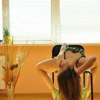 Танцовщица :: Марина Симонова