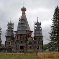 Русский Север. Село Нёнакса. Троицкая церковь (1724 г.) :: Владимир Шибинский