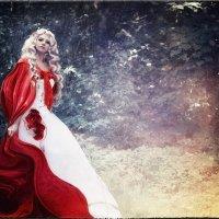 Красная шапочка :: Екатерина Щербакова