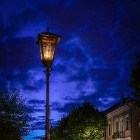 Ночь, улица,фонарь... :: Валерий Чернов