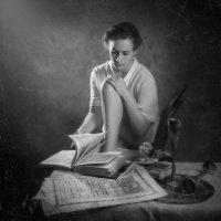 за чтением раритетов :: Evgeny Kornienko