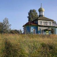 Церковь в селе Плотниково... :: Владимир Хиль