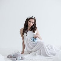 Эльза в ожидании :: Ирина Васильева