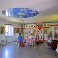 В сельской церкви . :: Мила Бовкун