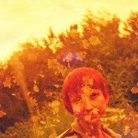 портрет с цветочками :: Евгений Золотаев