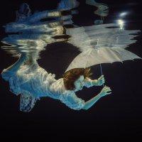 Fish and umbrella :: Дмитрий Лаудин