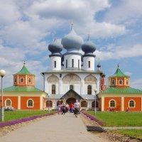 Тихвинский Богородичный Успенский мужской монастырь. :: Ирина Нафаня
