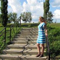 Девушка на лестнице :: Canon PowerShot SX510 HS