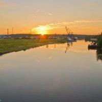 Закат на реке Дубна. :: Виктор Евстратов