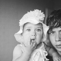 Брат и сестра :: Денис Денисов