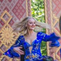 Танцовщица из Удмуртии :: Дмитрий Сушкин