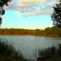 Вечер на озере. :: сергей