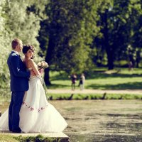 Свадьба в Гатчине :: Aleksandr Zubarev