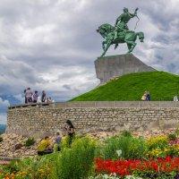 Уфа, памятник С. Юлаеву :: Любовь Потеряхина