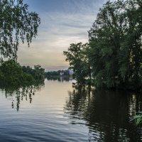 Evening on the pond :: Dmitry Ozersky