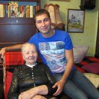 Бабушка и внук :: Людмила Жданова