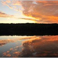 Летнии закаты... граница тьмы и света.. :: tipchik