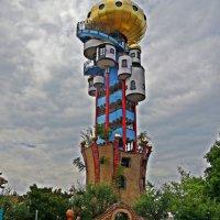 Kuchlbauer Turm- проект архитектора Фриденсрайха Хундертвассера :: Galina Dzubina