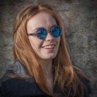 Фотопортрет рыжеволосой девушки. :: Валерий Трусов