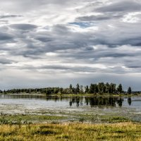 clouds over the lake :: Dmitry Ozersky