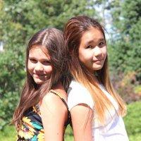 Алина и Дария :: TATYANA PODYMA
