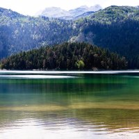 Чёрное озеро. :: Александр Яковлев