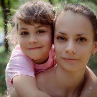 Настюша и Кристина :: Дмитрий Строж