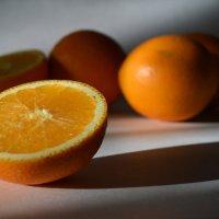 Апельсины :: Галина Galyazlatotsvet