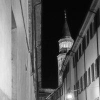 Чуть чуть ночного Милана :: M Marikfoto