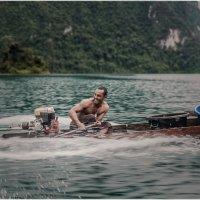 Параллельными курсами...Национальный Парк Као Сок и озеро Чеолан...Таиланд. :: Александр Вивчарик