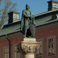 Памятник викингу (Стокгольм) :: Сергей Мышковский