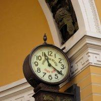 Точное время - 11:21 (Санкт-Петербург) :: Павел Зюзин