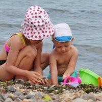 дети на море :: Алёна Ельцова