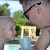 Крошка сын к отцу пришел...:) :: Ирина Артемова