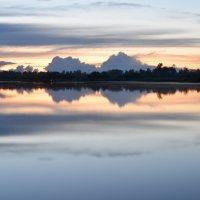 Вечернее озеро :: Андрей Беспалов
