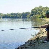 На рыбалке ... :: Игорь Малахов