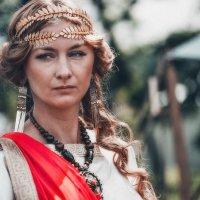 Римлянке гордой не снизойти до влюбленного скифа... :: Ирина Данилова