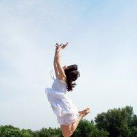 прыжок в небо :: Евгений Стрелков