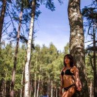 в лесу :: Алёна Гайдук
