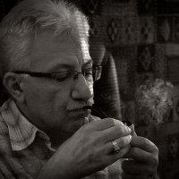 Курящий :: Armen Mkhoyan